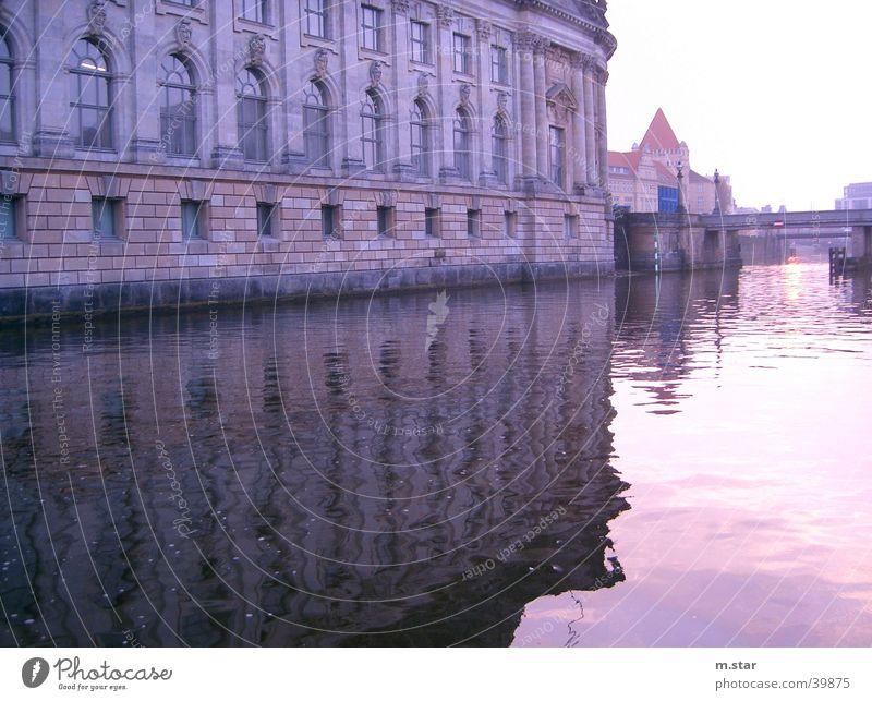 SpreeSpiegelung Reflexion & Spiegelung historisch Abend Sonnenuntergang Architektur Wasser Berlin Fluss