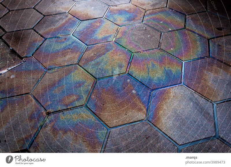 Ölfleck dreckig Umweltverschmutzung Benzin Altöl Erdöl Diesel ökologisch Gift Chemikalie Flüssigkeit Regenbogen Fleck Industrie Brennstoff