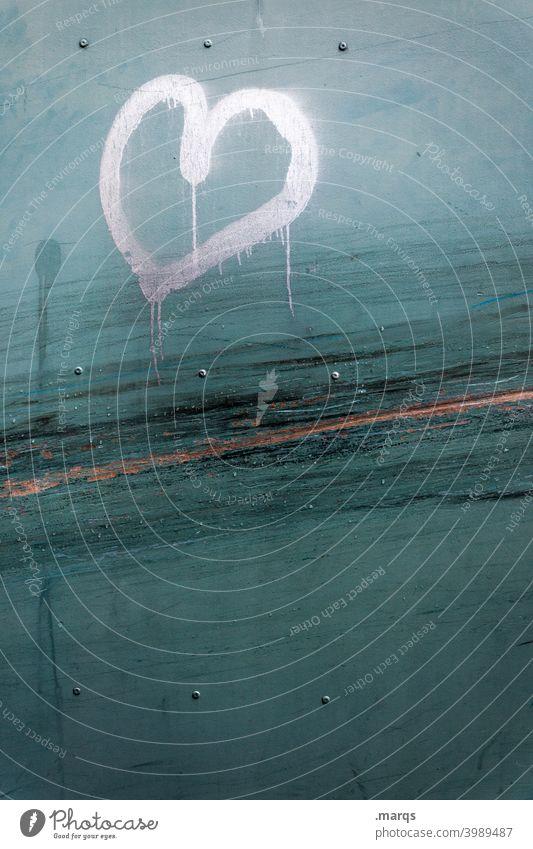 Herz herzförmig Wand Kratzer Liebe Romantik Symbole & Metaphern Valentinstag Liebeserklärung Graffiti Liebesbekundung türkis Nahaufnahme