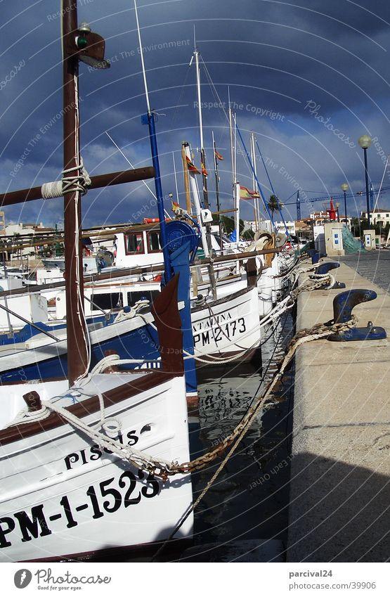 Mallorca Wasserfahrzeug Stimmung dunkel Europa Llaut Himmel Gewitter Hafen Colonia Sant Jordi