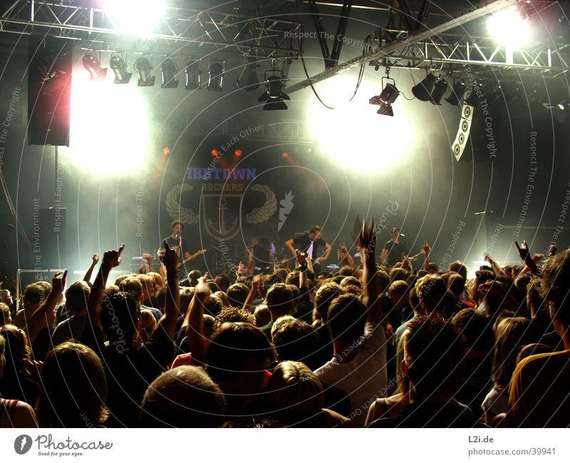 Ibbtown-Punkrock Bielefeld Konzert Hardcore Show Licht Aktion Musik Donots Mensch Tanzen