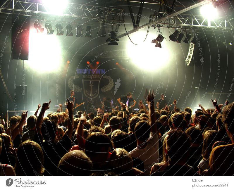 Ibbtown-Punkrock Mensch Musik Tanzen Aktion Show Konzert Hardcore Punkrock Bielefeld