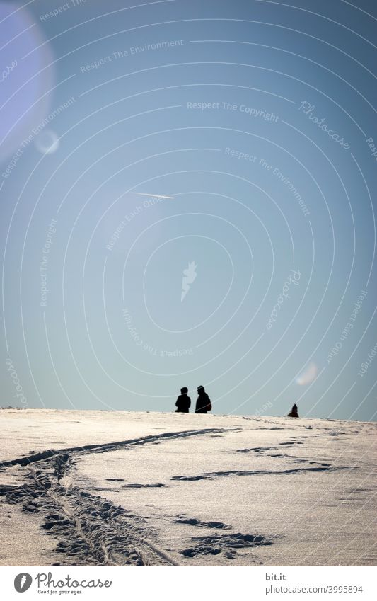 Extremwetterlage... Schnee Winter weiß blau Himmel Berge u. Gebirge Landschaft Natur kalt Sonne Gipfel Mensch Menschen Menschengruppe Person Schatten Kontrast