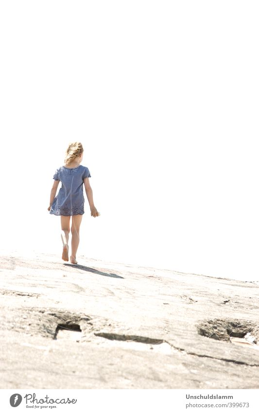 Lightdeck Ahoi... Mensch Kind blau Sommer Mädchen Umwelt Freiheit hell träumen Stimmung Kraft Kindheit Wind laufen Beton Beginn
