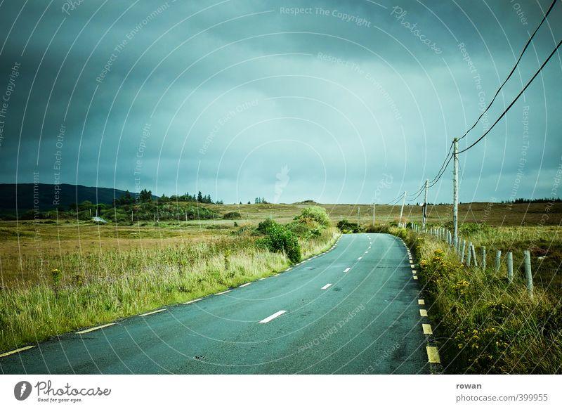 roadtrip Verkehr Verkehrswege Autofahren Straße Wege & Pfade Fahrzeug PKW grau grün Asphalt Kabel Ferne Freiheit Ferien & Urlaub & Reisen Reisefotografie