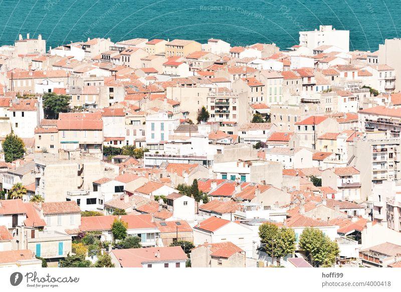 Die Stadt im hellen mediterranen Licht - Reiselust und Fernweh inclusive Dächerlandschaft Dächermeer mediterrane Stadt Mittelmeer Frühling Sommer Sommerurlaub