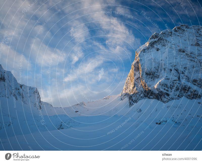 Pass zum Gipfel Leiternpass Naturpark Gantrisch Schnee Winter gefroren kalt Felsen felsig winterlich gefrorener Boden Kälte Gratwanderung Berge u. Gebirge
