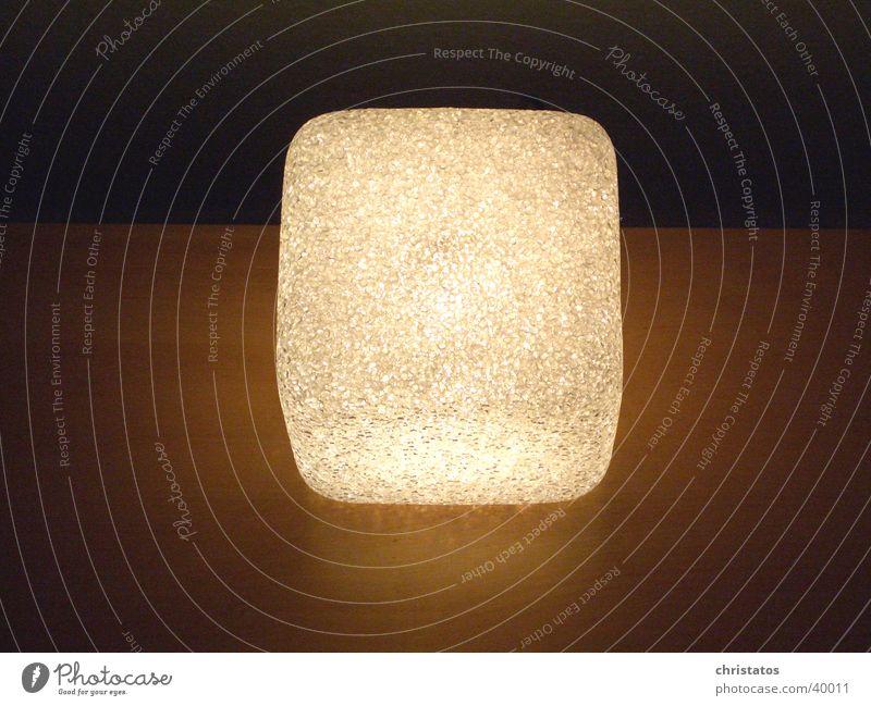 Cube Lamp Lampe Licht Siebziger Jahre Stil dunkel Design Dinge Häusliches Leben Würfel Würfellampe Innenarchitektur Strukturen & Formen Designerlampe