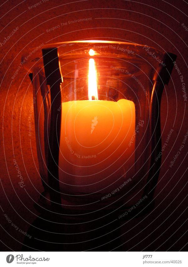WandKerze Lampe Licht gelb rot Leuchter Dinge Brand Flamme Glas Lichterscheinung orange