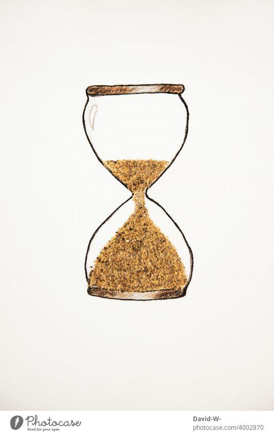 Zeit läuft in einer Sanduhr ab Zeitdruck kreativ ablaufen Eile Hektik Stress Uhr