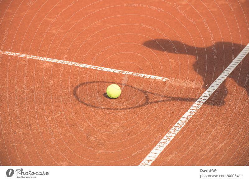 Schatten spielt Tennis Sport kreativ Tennisplatz Freizeit & Hobby Schattenspiel Spielen Tennisball Sportler Sportveranstaltung