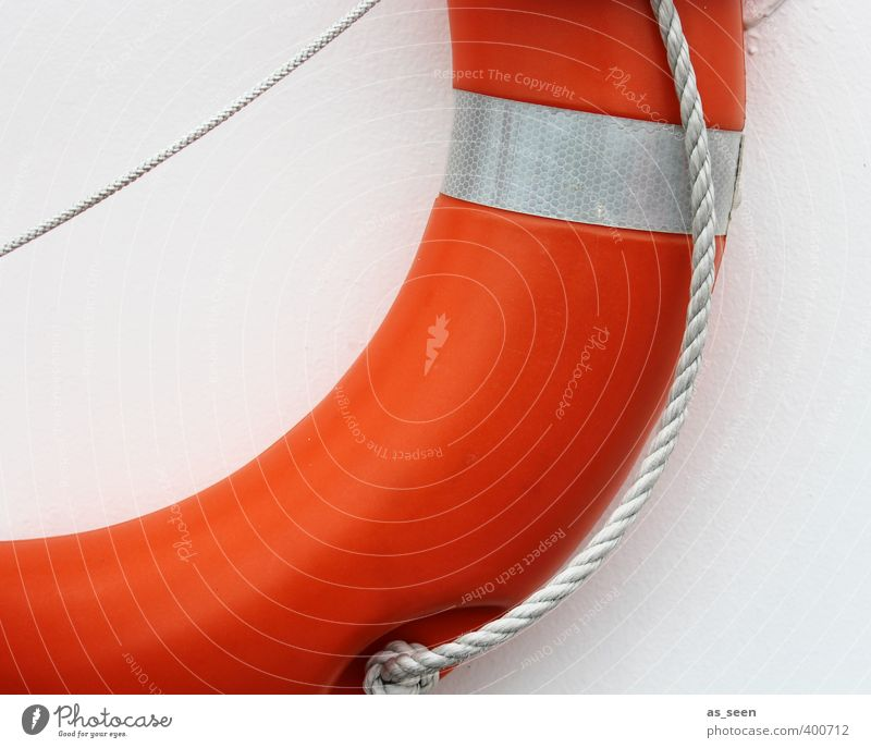 Rettung naht weiß Meer rot Schwimmen & Baden orange Seil Sicherheit Hilfsbereitschaft Hoffnung rund Schutz Kunststoff Vertrauen Schifffahrt Segeln