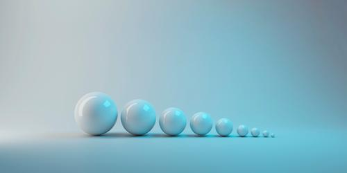 3d Rendering. einfache weiße kleine bis große Kugel Ball Objekt auf grauem Hintergrund. aufwachsen oder Evolution Konzept. Menschengruppe drei dreidimensional