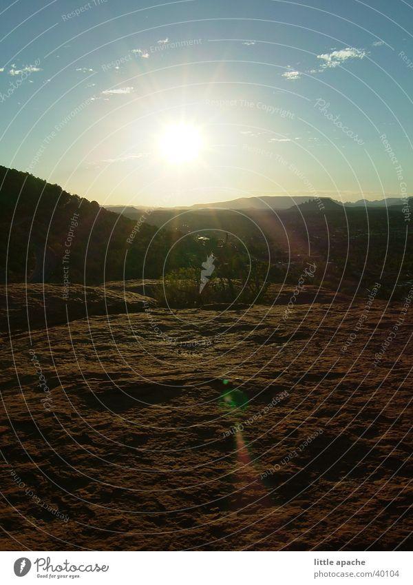 Sedona Sunset Sonnenuntergang Wolken Licht Steinplatten Arizona Berge u. Gebirge Himmel Felsen Wüste Niveau Abenddämmerung USA