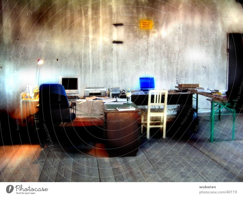 Arbeiten im Loft alt Computer Architektur Wohnung Informationstechnologie Arbeitsplatz multimedial 1900