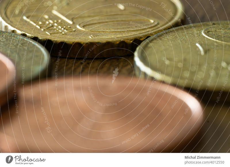 Geld Eurocent Geldmünzen Geldkapital Cent Bargeld Reichtum Wirtschaft Einkommen kaufen Finanzen Münzen Farbfoto Nahaufnahme sparen Kapitalwirtschaft bezahlen