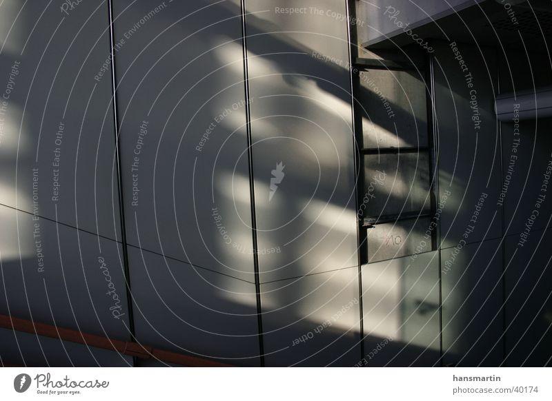 Lichterspiel Architektur Eisenbahn Leiter Lagerhalle Durchgang