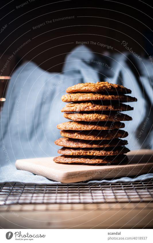 Cookie Tower - Keks Turm kekse backen baked süß Süßwaren Süßigkeiten Süße Lebensmittel sweet sweets baking Backpapier Dessert lecker Backwaren Ernährung
