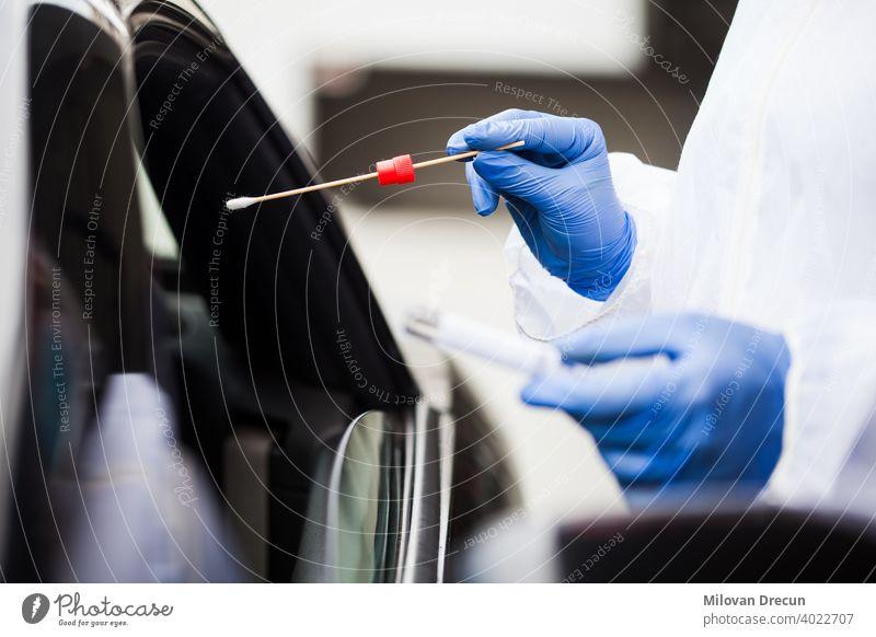 Coronavirus Drive-Thru PCR-Test 2019-ncov Automobil PKW Pflege prüfen Sammlung Ansteckung ansteckend Kontrolle Korona COVID19 Krise Erkennung Diagnostik