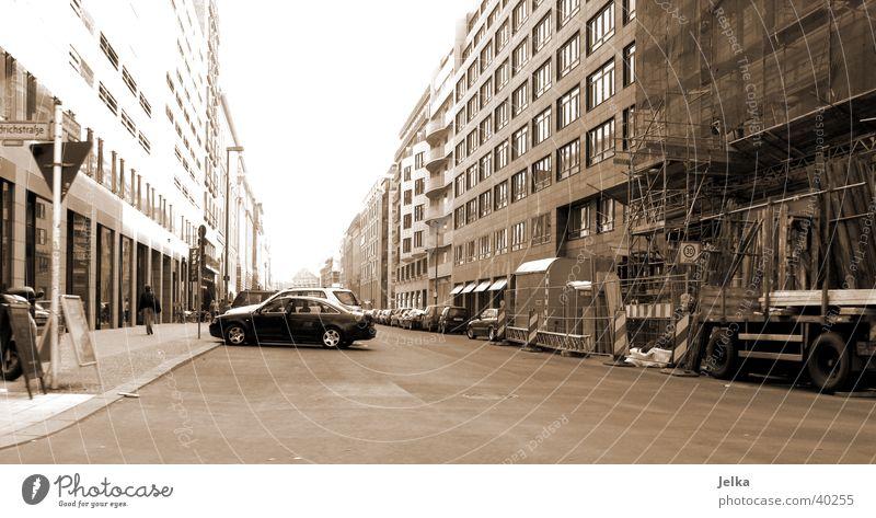 Berlin Stadt Haus Straße Bewegung Verkehr leer unterwegs