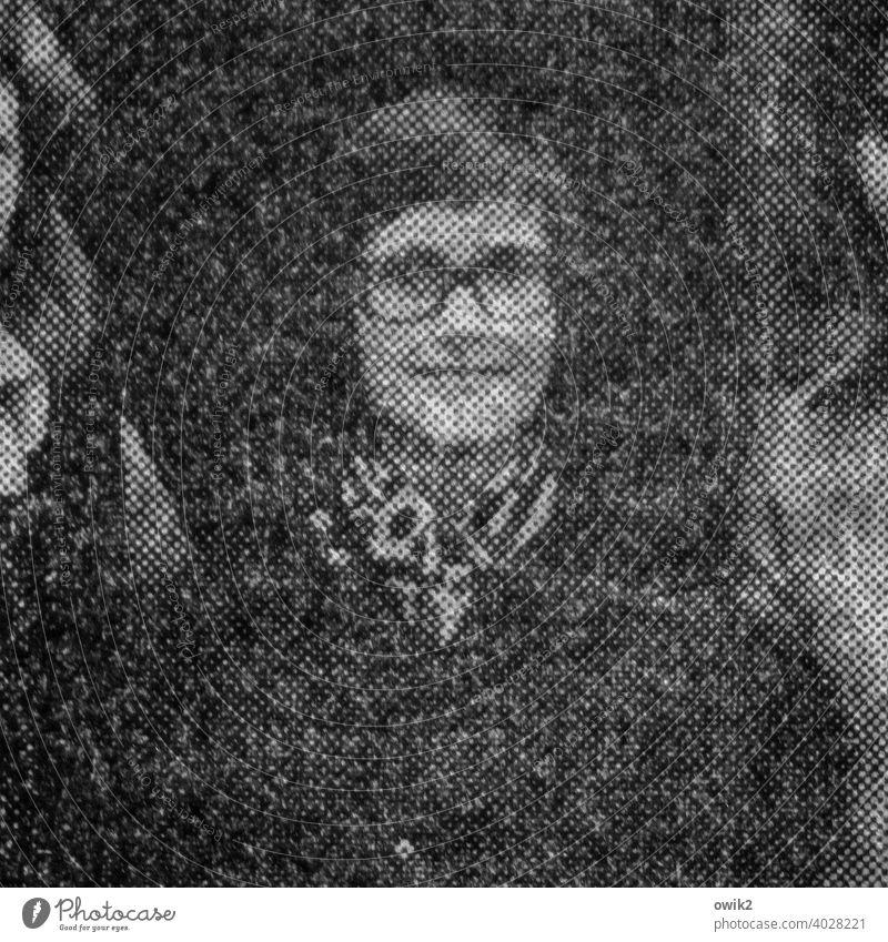 Jung-Promi Zeitungsbild Vergangenheit früher Gesicht Junge Brillenträger stolz freundlich Blickkontakt Blick in die Kamera Raster Porträt Mensch grobes Raster