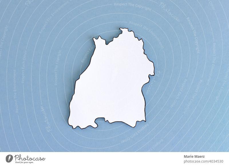 Bundesland Baden-Württemberg als Papier-Silhouette neutral Umriss Design minimalistisch Hintergrundbild Strukturen & Formen Hintergrund neutral Papierschnitt