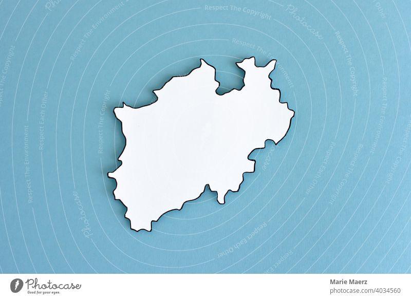 Bundesland Nordrhein-Westfalen neutral Umriss Design minimalistisch Hintergrundbild Strukturen & Formen Hintergrund neutral Papier Papierschnitt weiß Silhouette