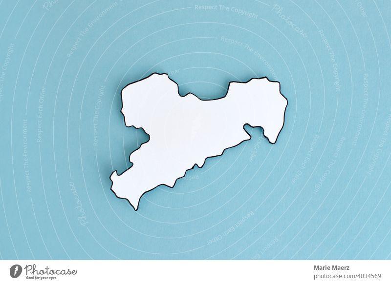 Bundesland Sachsen als Papier-Silhouette Strukturen & Formen Grafik u. Illustration abstrakt Hintergrundbild Hintergrund neutral einfach weiß Design