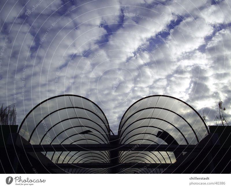 Eingang Wolken Acryl rund Architektur Himmel Glas