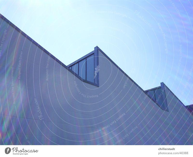 Halle Fabrik Gegenlicht Fenster weiß Architektur Lagerhalle Sonne blau Glas Himmel