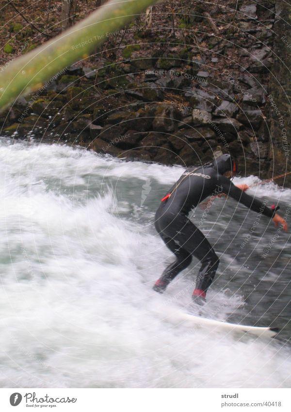 Riversurfing Wasser Sport Wellen Fluss Surfen Bayern Loisach