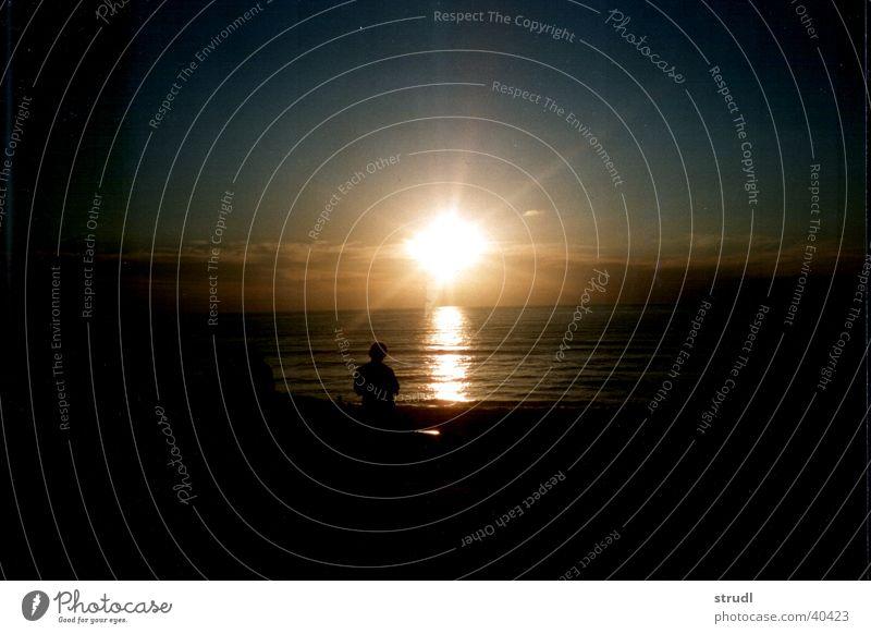 Atlantic Sunset. Atlantik Sonnenuntergang Meer Frankreich Himmel Wasser Abend