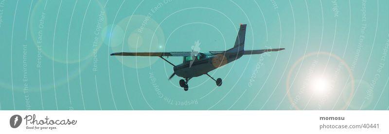 abgehoben Flugzeug Gegenlicht Luft türkis Luftverkehr Himmel