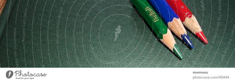 grün blau rot Farbstift Schreibstift mehrfarbig