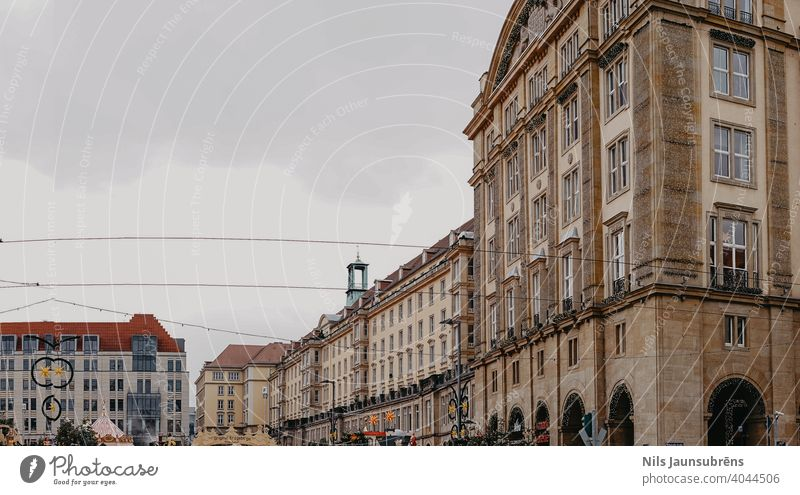 Stadtzentrum in der Altstadt dresden Deutschland Dresden gluhwein alt Winter Wahrzeichen reisen Tourismus Architektur Europa Gebäude Großstadt Sightseeing