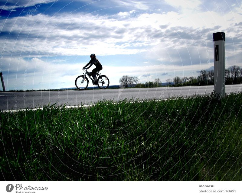 skywalker Freizeit & Hobby Landstraße Himmel Fun Sport-Training Fahrradfahren