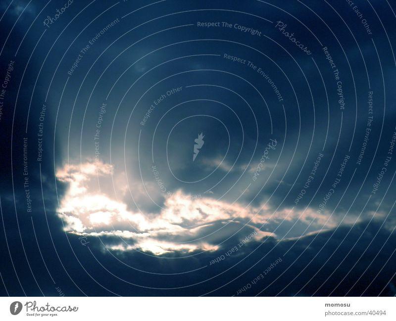 durchbruch Himmel Wolken Beleuchtung Neuanfang