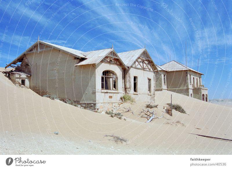 Geisterstadt Haus Sand Wüste Blauer Himmel Namibia Stadt Geisterstadt