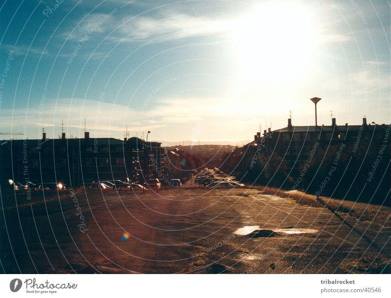 Reykjavik003 Reykjavík Island Stadt Haus Sonne Skandinavien Europa Blauer Himmel nordisches Licht Gegenlicht