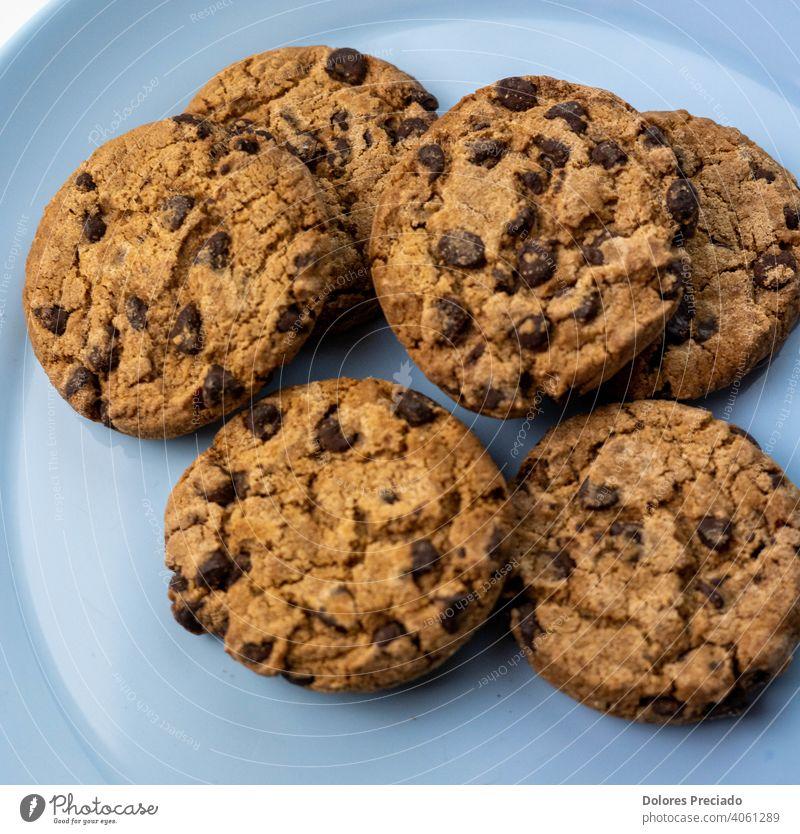 Teller mit Schokoladenkeksen Frucht Lebensmittel Backwaren Ernährung Bioprodukte Vegetarische Ernährung Mandel Chia Beeren Hafer Haferflocken Keks Blaubeeren