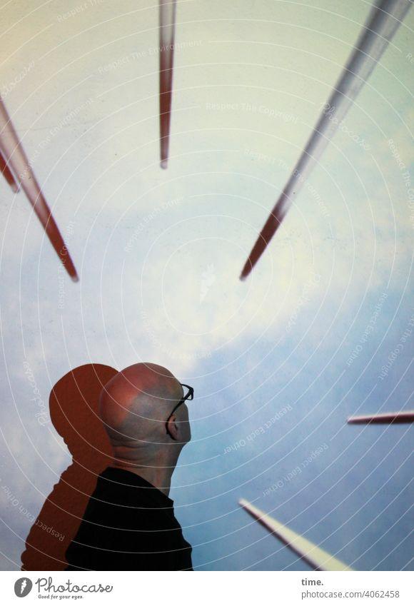 Spitzen der Gesellschaft V Porträt Starke Tiefenschärfe Unschärfe Schatten Kunstlicht Experiment Innenaufnahme staunen Stadt Tourismus skurril Risiko Ferne
