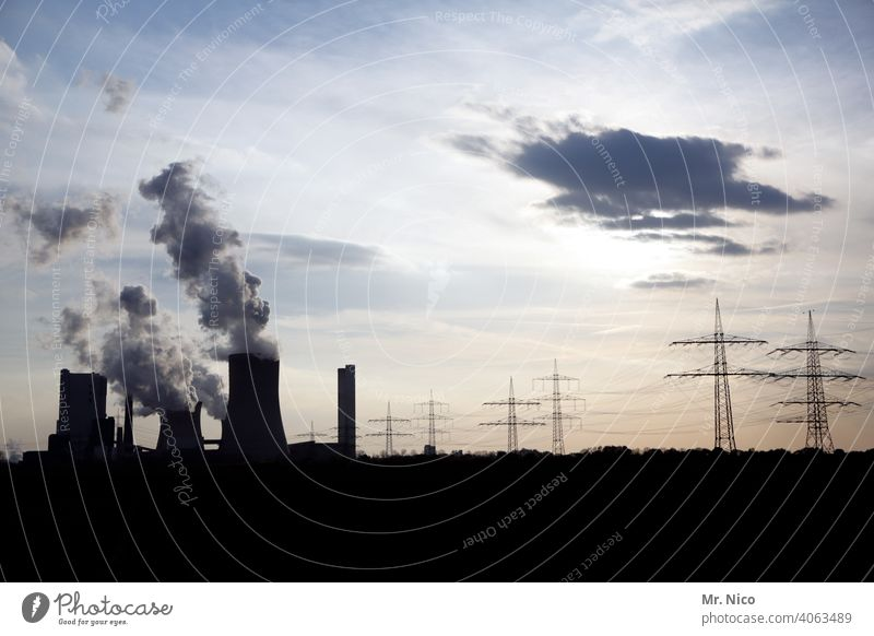 Kraftwerk Kohlekraftwerk Umweltschutz Erneuerbare Energie Arbeit & Erwerbstätigkeit Emission CO2-Ausstoß Schornstein Klima Klimawandel Industrieanlage