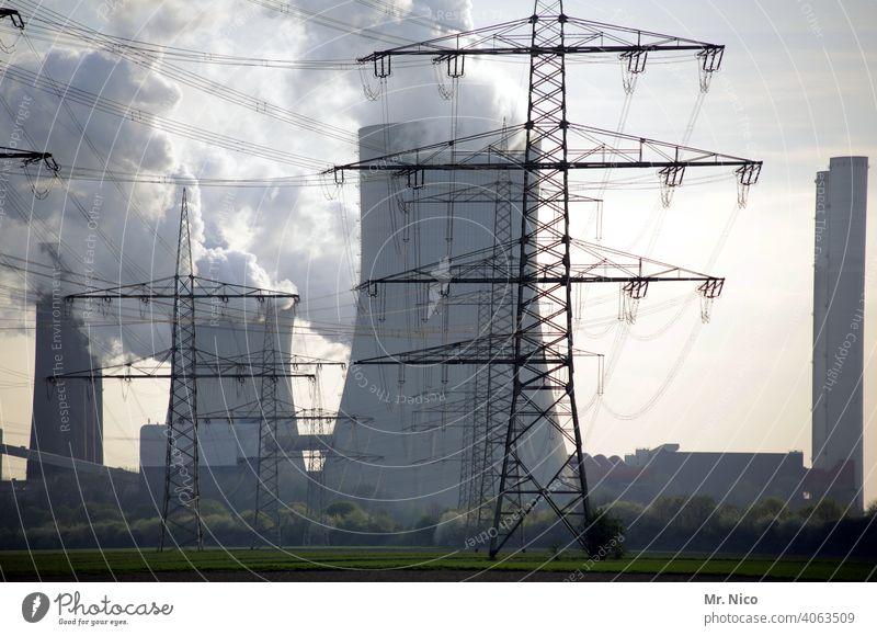 Kraftwerk Kühlturm Braunkohle Kohlekraftwerk Arbeit & Erwerbstätigkeit Erneuerbare Energie Hochspannungsleitung Industrie strommast hochspannung Stromleitung