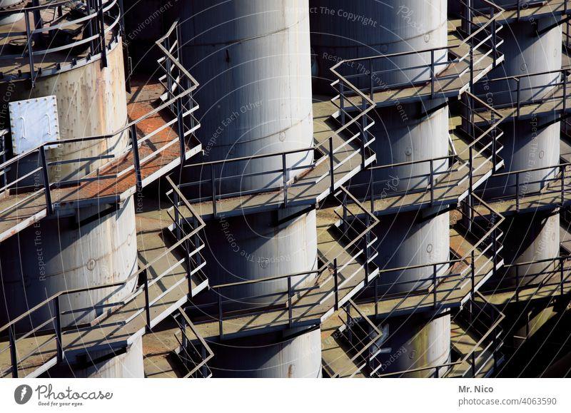 Industrieanlage Zeche Schwerindustrie Stahlkonstruktion Hitze Industriearchitektur Fabrik Metall Rohrleitungen Hochofen Rost Architektur industriell