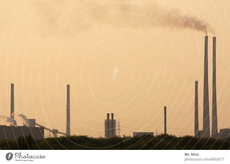 Smog Stahlwerk Klimawandel Eisenhütte Kokerei Fabrik industriell Industrielandschaft Industriegelände Schornstein Kamin Industriekultur Zeche Industrieanlage