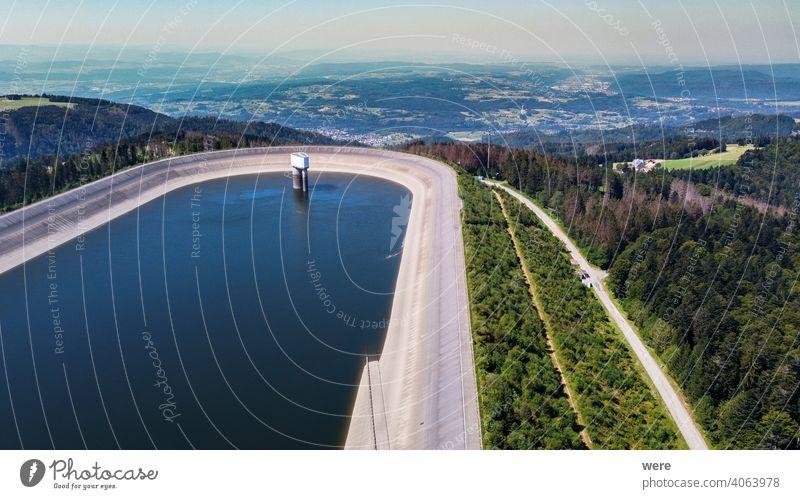 Luftaufnahme des Wasserrückhaltebeckens bei Hornberg im Schwarzwald Herrischried Hornberger Becken Hotzenwald riesig Beton Damm Elektrizität Energiespeicherung