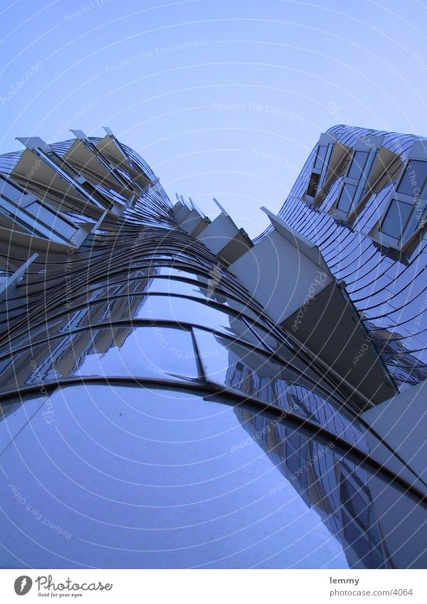 round Architektur round and round...
