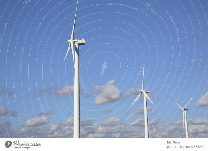Windkraftanlage Himmel Energiewirtschaft Erneuerbare Energie Technik & Technologie Umweltschutz ökologisch umweltfreundlich Energiekrise Energie sparen