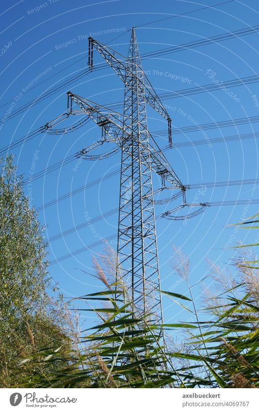 Hochspannungsleitung Strommast Freileitung Elektrizität Energie Überlandleitung Stromleitung Kabel Natur Himmel Industrie Technik & Technologie Draht Umwelt