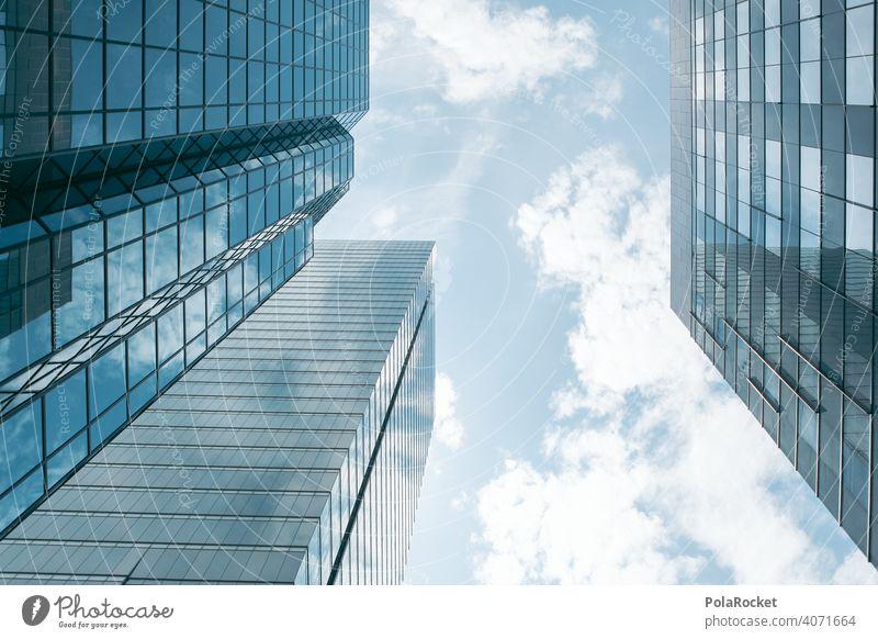 """#A0# Großstadt und ihre """"Türme aus Glas"""" wolkenkratzer Himmel himmelwärts Gier gierig Beton Betonwand Betonmauer Betonklotz Glasfassade Business"""